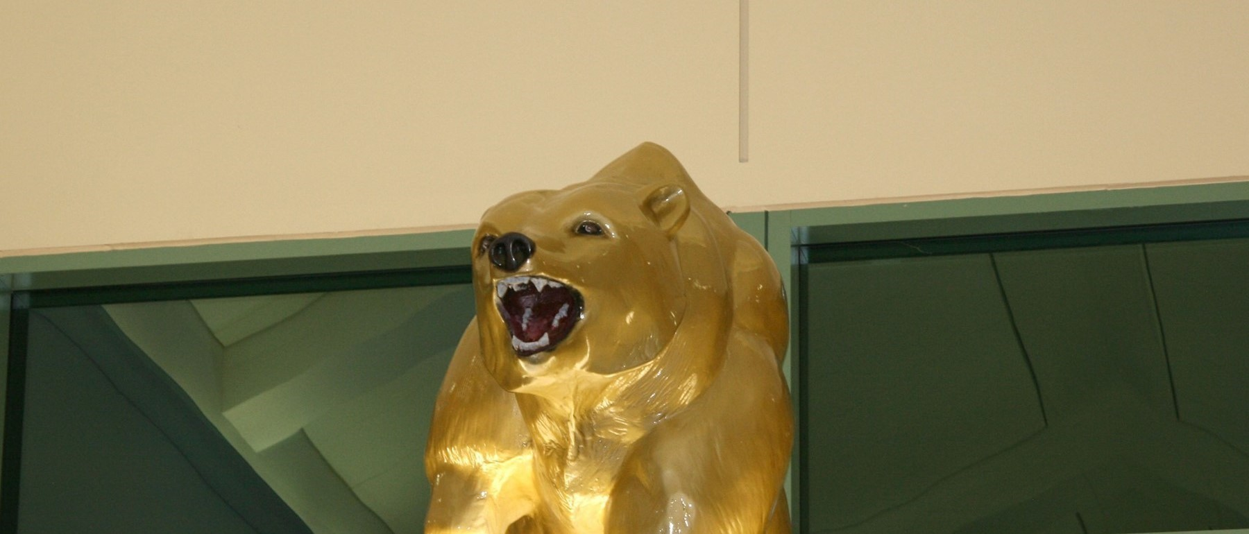 Golden Bear statue